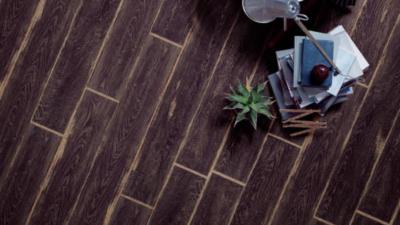 3 5 400x225 - フロアタイル床貼り替えリフォーム