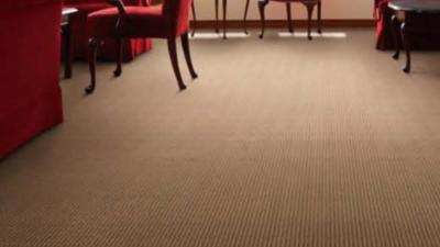 3 6 400x225 - カーペット床貼り替えリフォーム