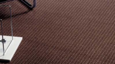 4 6 400x225 - カーペット床貼り替えリフォーム