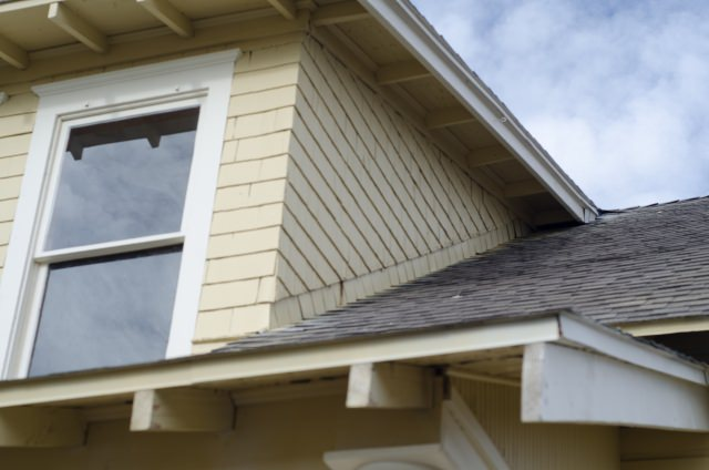 6 - 屋根のリフォームにはどんな種類があるの?3つの補修方法を紹介