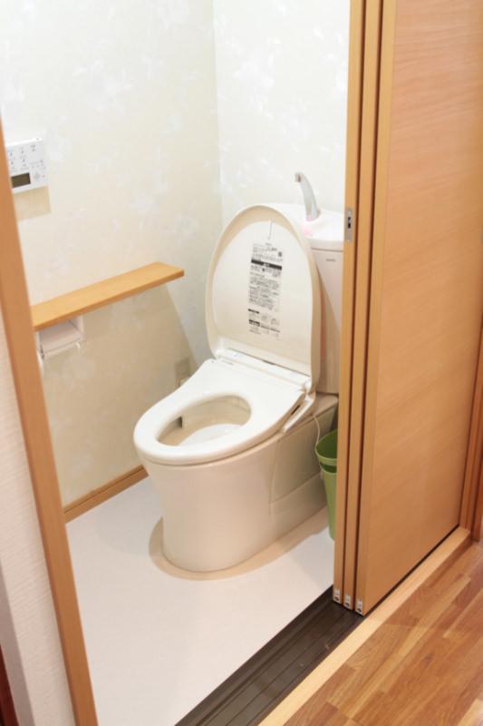 21 - トイレのリフォームでいつも清潔!快適に!